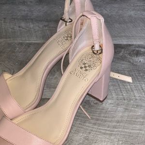 Shoes - Pink heels